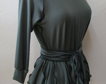 this is a sage color with 3/4 sleeves Top with 1 belt for decoration and 2 layers ruffled edging and stitching plus made in USA (vn88)
