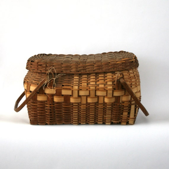 Large Vintage Basket w Handles. Antique Winnebago. American   Etsy 84e85a7f95