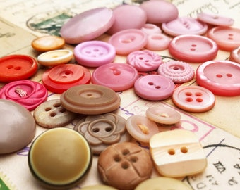 Pink and Beige Vintage Buttons - Shabby Chic Collectible Button Lot - Vintage Plastic Celluloid Bakelite Casein Buttons - B162- 34 Buttons