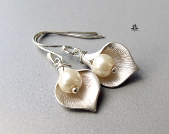 925 Sterling Silver Earrings, Calla with a Pearl