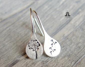 Silver earrings dandelion / Sterling silver hand stamped dandelions / Gift for her / Dandelion jewelry / especially jewelry / Birhtdaygift