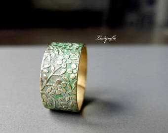 Ring with Patina