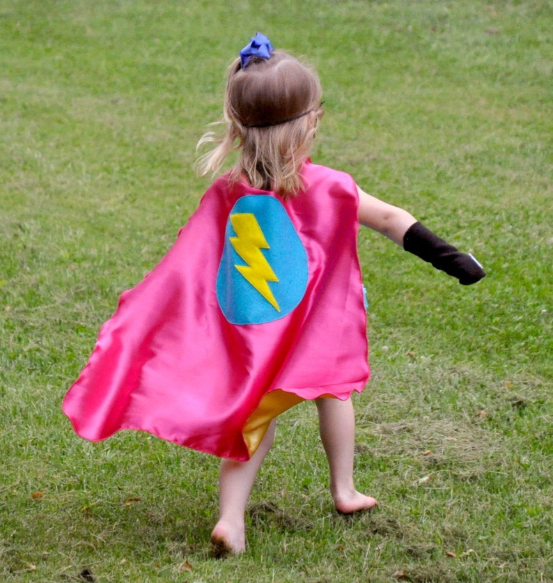 Halloween Ready Girl birthday gift Fast Shipping GIRLS SUPER HERO cape -Choose from 3 designs Super hero party capes