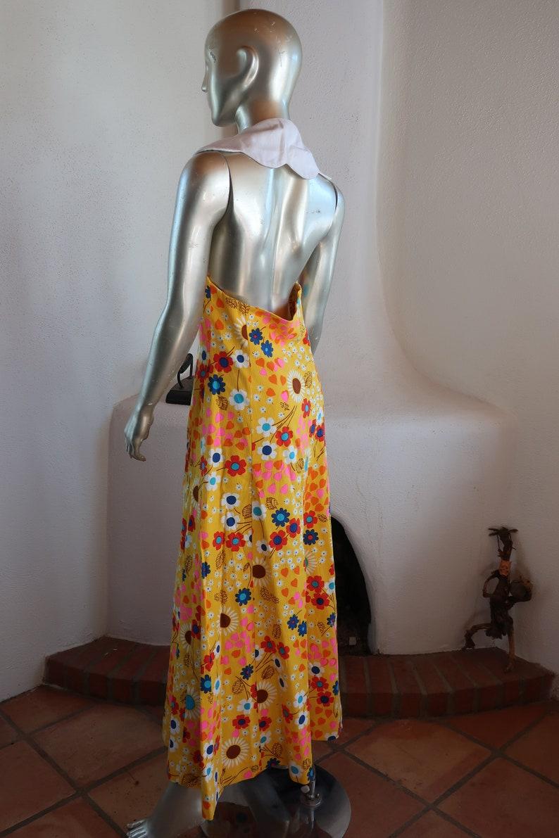 Fantastic Vintage Halter Maxi Dress Late 1960/'s or Early 1970/'s Summer Daisy and Heart Print Halter Maxi Dress SmallMedium