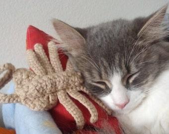 Alien Facehugger Cat Toy