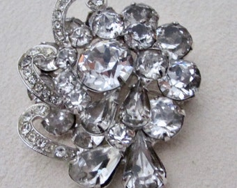 Crystal brooch signed Weiss