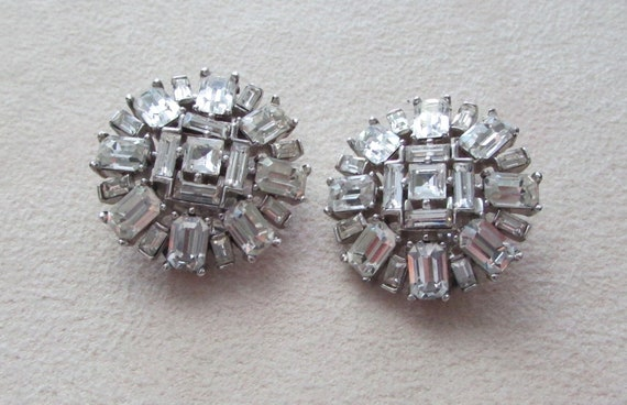 Crown Trifari clip earrings .