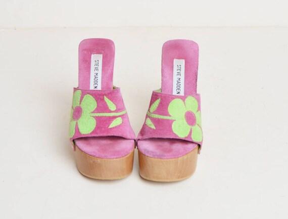 39fe5bd36cd ... 90s Sandals Madden Steve Heels High and Flower Slide 5 1990s Clogs  Suede Green Vintage Wood ...