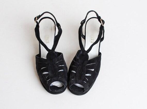 Vintage 70s Black Slingback Shoes / vintage 70s t