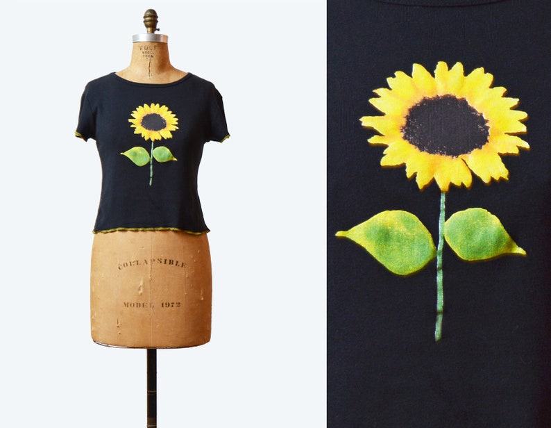 3fa55b639d724 Vintage 90s Floral Tee Shirt Grunge Cap Sleeve Top Ditsy Floral Sunflower  Top 1990s Goth Black Top Yellow Green Medium