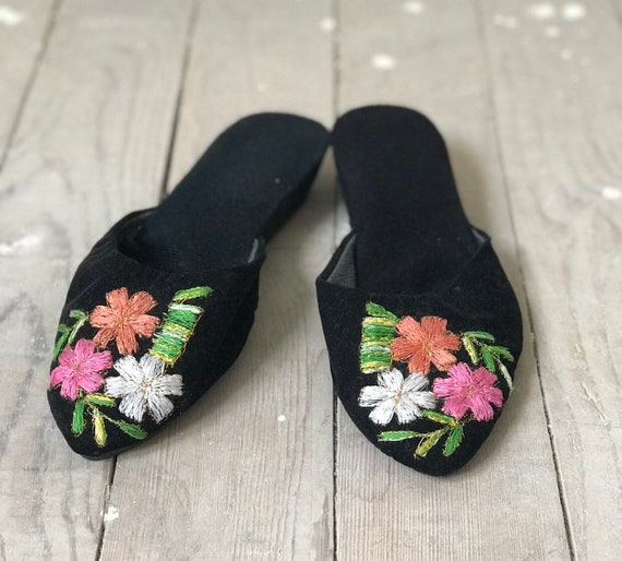 80s Slippers / Vintage Slippers / vintage Home Sl… - image 1
