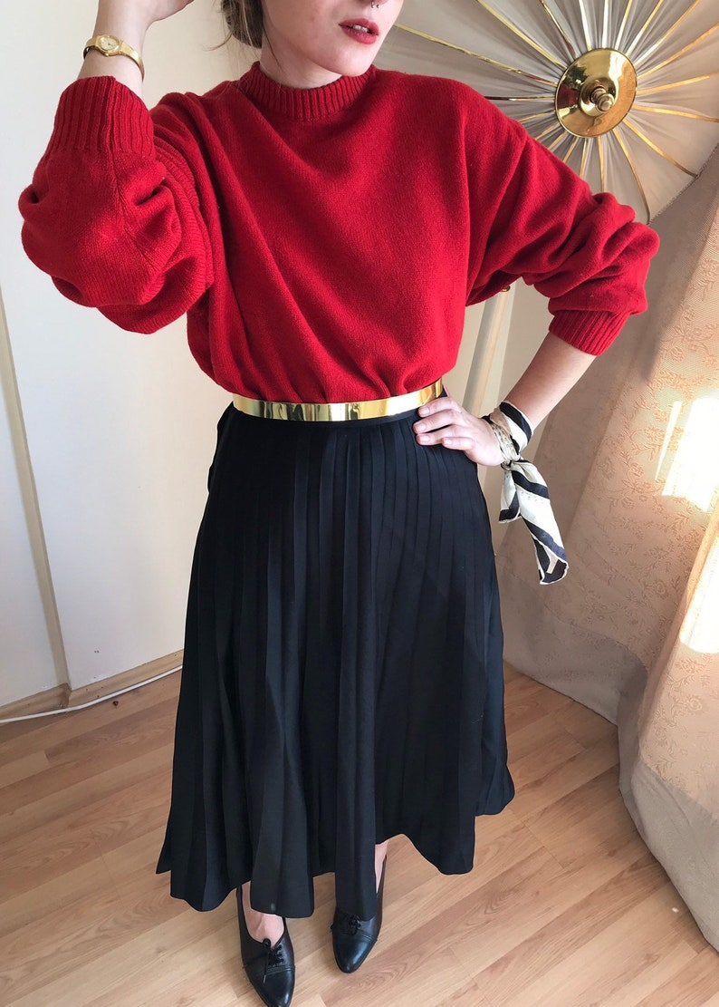 98be3e4817 1980s Vintage Below-the-Knee Midi Permanent Pleat Black Skirt | Etsy