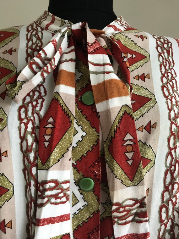 Vintage 70s Ethnic Print Pussy Bow Shirt / Long S… - image 6