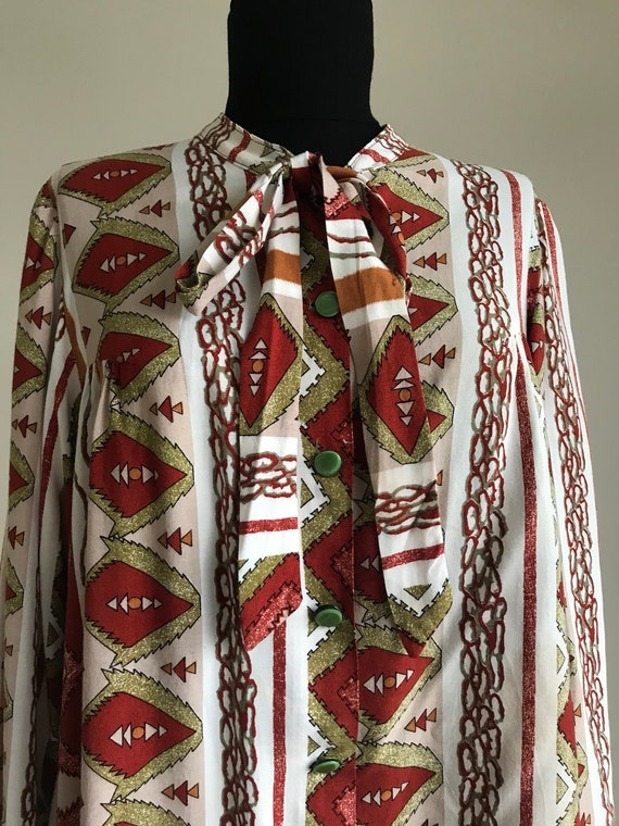 Vintage 70s Ethnic Print Pussy Bow Shirt / Long S… - image 8