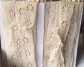 Antique Lace, Vintage Lace Trim. Off White Broderie Anglaise Lace, Sewing Supplies Period Costume French Haberdashery NOS