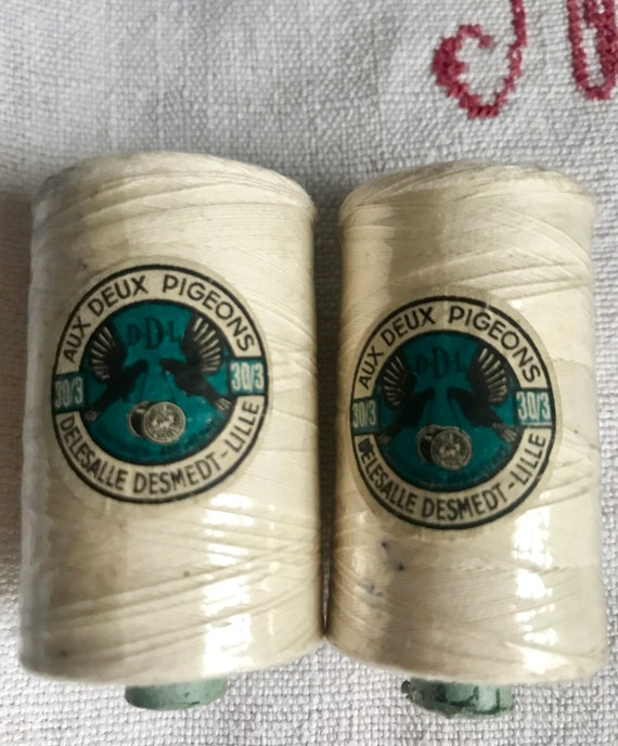 Vintage Wooden Bobbins Cotton /& Wool Blue Grey Sewing supplies /& Home Decor //2pc