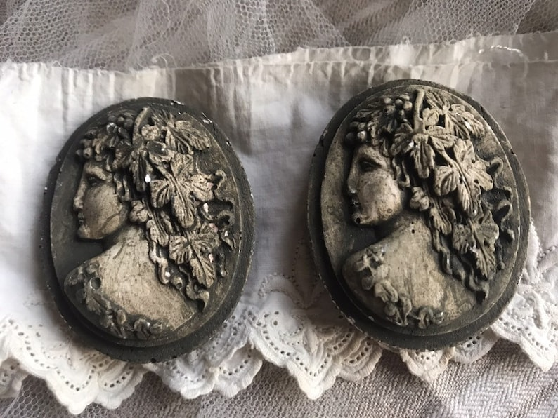 Vintage Plaster Cameo Classical Goddess Ophelia Floral image 0