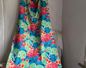 Vintage Fabric. Floral Panel. Yellow, Red & Blue Dahlia Flowers Sewing Fun, Furnishing Projects /Fine Cotton Blend