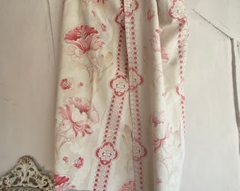 Antique Fabric, Vintage Fabric, Faded Pink Floral Panel. Poppies & Sprays. Cotton Textile. Furnishing Project, French Decor. Sewing Fun /1pc