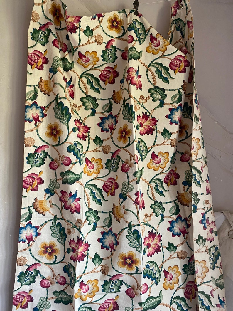 Antique Fabric Vintage Floral Fabric Curtain & Furnishings image 0