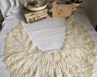 Antique Lace, Tulle Lace Collar, Floral appliqués. French Floral Lace/ Vintage Wedding / Period Costume, Bridal Wear / OOAK