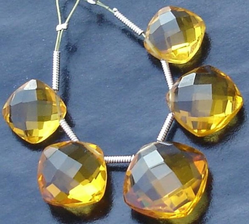 MADEIRA Quartz Faceted CUSHION Shaped Briolettes,12-16mm Long 2 Pairs and 1 Focal,Great Item 5 Pcs Set