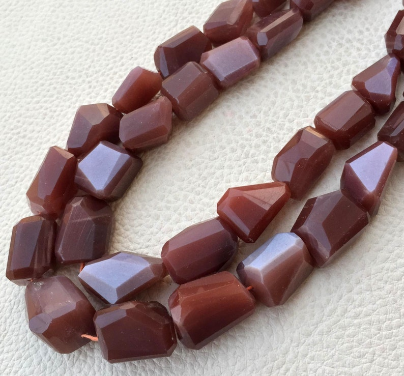 Full 8 Inch Strand,Superb-Finest Quality Chocolate MOONSTONE Faceted Nuggets Shape Briolettes 10-18mm size,Great Item WOW,Brand New