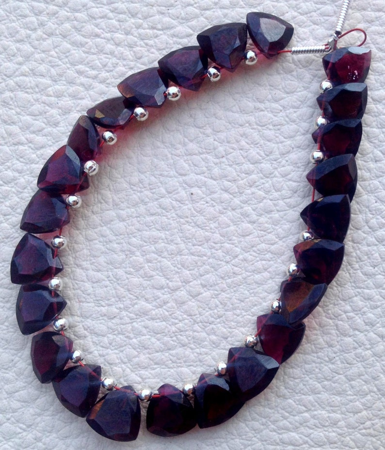 5 Matched pair of Gorgeous Item,10X10mm NATURAL RED GARNET Faceted Cut Trillion Briolettes,Best Matched Pairs