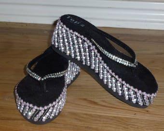 8844d2d7181b Vintage Embellished Black Velvet Flip Flops Bedazzled Sandals Wedding Shoes  Rhinestone Pink Bead 9 9.5