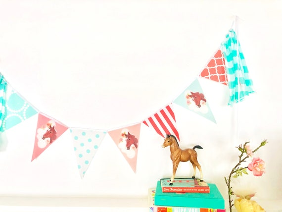 Purple White Horses Personalised Children/'s Birthday Party Bunting Banner