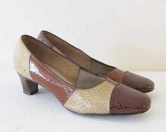 Vintage 1960's Heels / Brown Snakeskin Leather Pumps / Ladies Size 6 1/2 US, Euro 37, UK 4 Woman's Air Step Mad Men Shoes