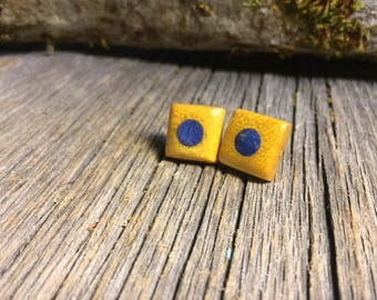 Wood/Wooden Stud Earrings: Yellow heart