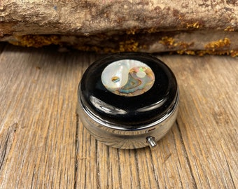 Wood/ Wooden Pill box, keepsake case, Gaboon Ebony, Yin and Yang, 3 Compartments, 1 Compartment