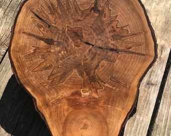 Live edge cutting ( charcuterie board,presentation board, clock face, wall hanging)