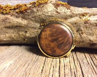 Wooden Money clip: Walnut crotch