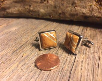 Wooden Cufflinks: Mango Burl, 14/17mm, square