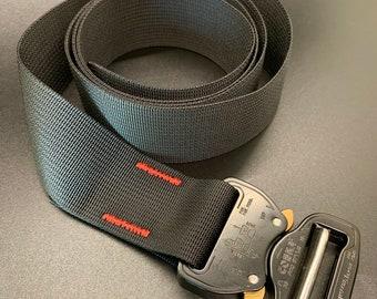 Cobra Buckle Belt - 1.5 inch- Berry Compliant Black Webbing with Black Buckle