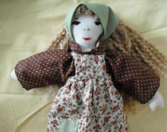 Cloth Doll / Fabric Doll / Rag Doll / Doll / Country Doll / Toys / Childrens Gifts / Doll with Yarn hair