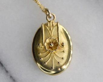 Antique Victorian 15k Gold Locket with Flower c.1880s