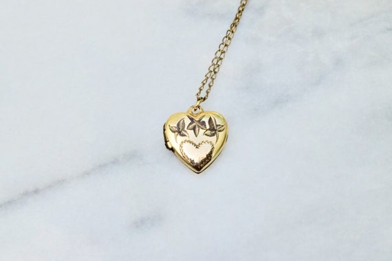 Vintage Gold Filled Tiny Heart Locket c.1940s