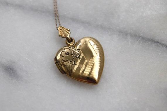 Vintage Gold Filled Sweetheart Locket c.1940s