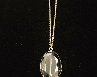 Light Luster Pendant Necklace