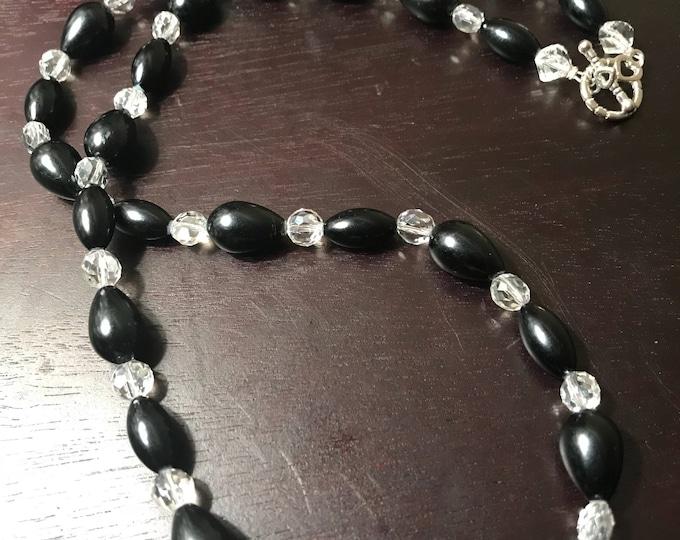 Teardrop Black Pearl Necklace