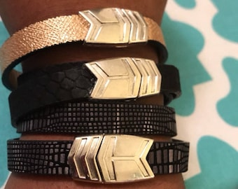 The Arrow Magnetic Leather Bracelets