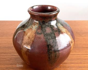 Japanese Iwasaki Studio Pottery Stoneware Modernist Drip Glaze Vase