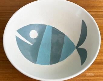 Metlox Tropicana FIsh Modern California Pottery Large Serving Bowl No. 567