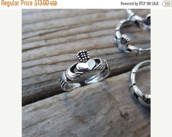 ON SALE Claddagh toe, knuckle or midi ring handmade in sterling silver 925