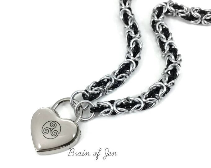 Triskelion BDSM Emblem Slave Collar Silver Chainmail Submissive Day Collar Heart Padlock Necklace