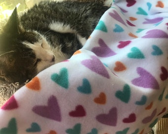 Fleece pet blanket, for a Cat, Kitten Dog or Puppy (small/medium) 27x34