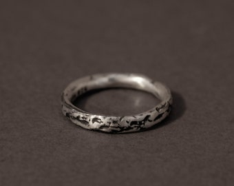 textured band ring in oxidized sterling silver